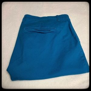 Old Navy teal capris size 18 never worn